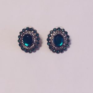 Vintage green and silver bling earrings,